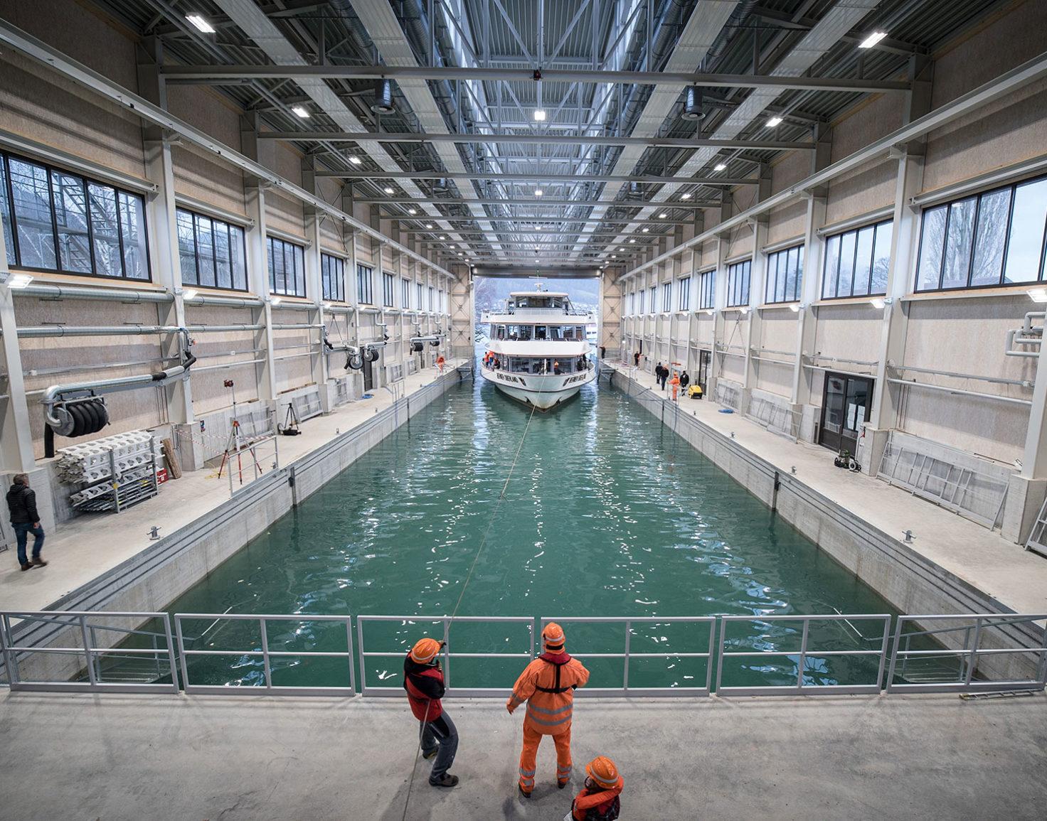 BLS_Schiff_Werfthalle_1480x1160
